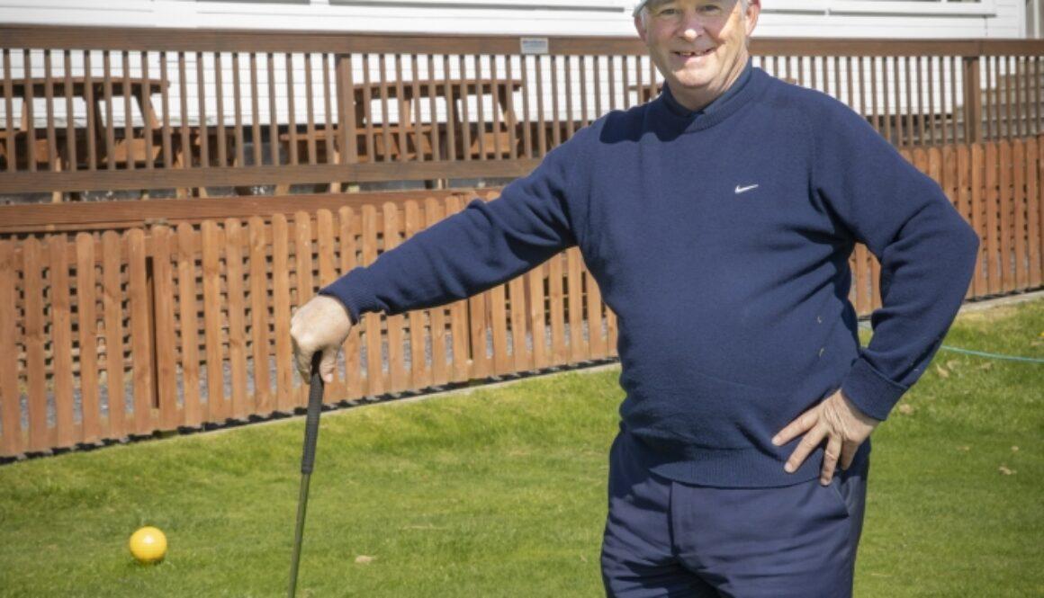 Oswyn Roberts volunteer of the year 2018 at Ruthin Golf club.